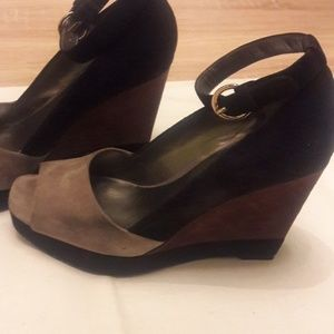 Color Blocked Suede Wedges!