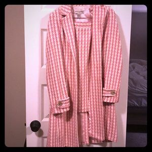 Banana republic pink and cream skirt suit