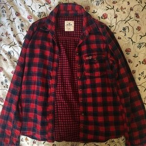 RED AND BLUE HOLLISTER FLANNEL