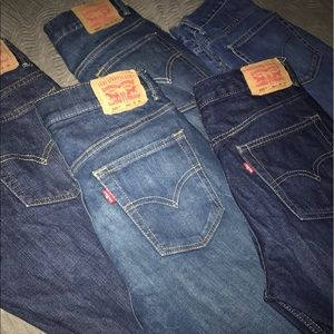 5 pair of barely worn Levi's 505 size 29