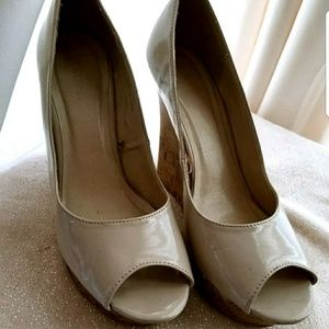 Women's tan platform heels size 10