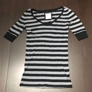 Kirra Black and Gray Striped Short Sleeve Tee
