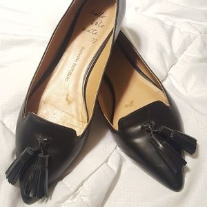 Banana Republic leather flats with tassels sz 8