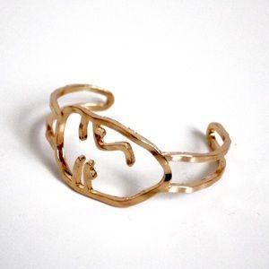 🆕 Abstract Modern Art Face Bracelet- Gold