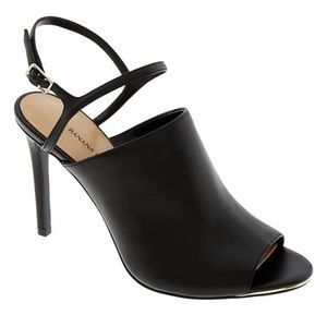 Banana Republic black heel