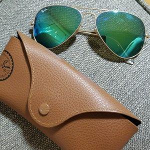 Ray Ban green sun glasses