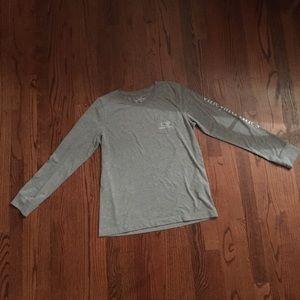 Grey and teal long sleeve vineyard vines t-shirt