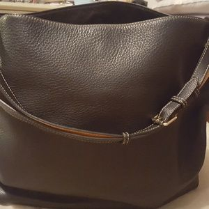 Large Dooney and Bourke bag, all leather