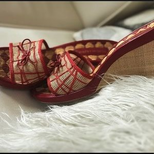 BCBG Maxazria woven wedge sandals