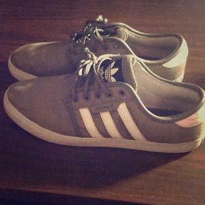 Adidas men's shoes size 13