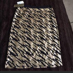 🔥SALE🔥NWT Black and Gold  Kasper Sequin Skirt