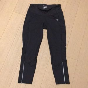 Old navy active black pants M leggings go-dry