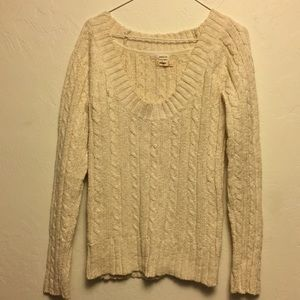 Cableknit scoopneck beige sweater from Old Navy.