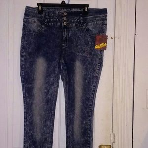 Stone washed Three Button Jeans