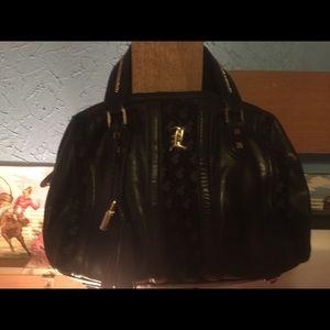 L.A.M.B. Gwen Stefani black leather handbag 💋