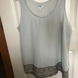 Old Navy Medallion Tank
