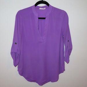 Hot lavender v neck blouse 3/4 sleeve - small