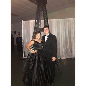 Black Off Shoulder Prom Dress