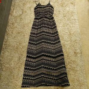 Black and cream Chevron pattern maxi dress