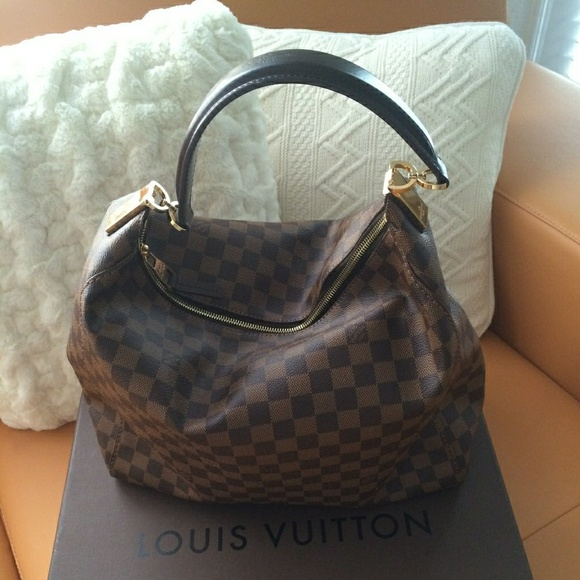 Louis Vuitton Handbags - Louis Vuitton Portobello GM large Handbag 8ef3aa8026fd1