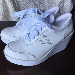 Volatile Platform Wedge White Sneakers sz 10