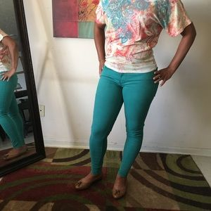 Coral Levi's jeans