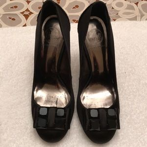 Tory Burch heels with bow