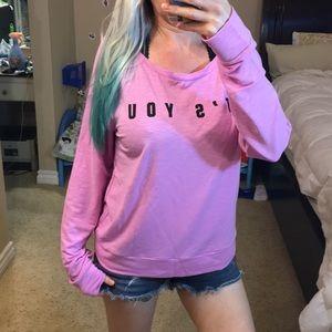 🎀NWOT VS Pink sweatshirt 🎀
