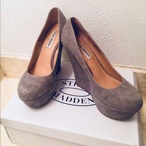 Grey wedge heels