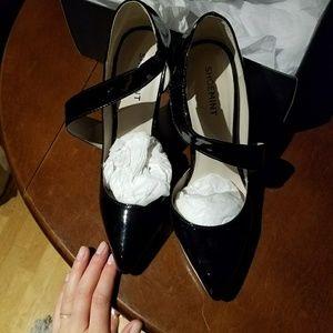 "NIB ""Wendy"" Shoemint heels"