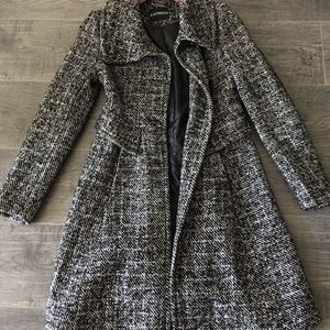 Express beautiful black and white coat