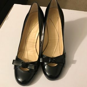 Kate Spade Heels Black Patent Leather Bow Tie Sz 6