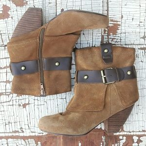 Naughty monkey cuffed leather ankle boot 7.5