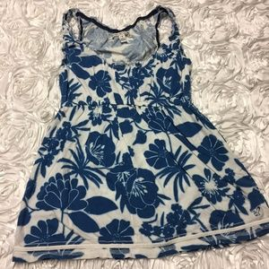 American Eagle blue and white floral tank