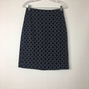 Talbots's size 4 navy and white skirt