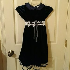 Rare Editions blue velvet dress