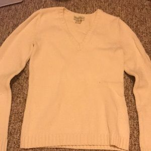 Banana republic white vneck sweater