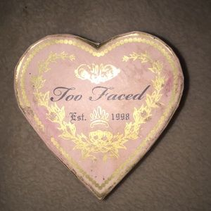 Too faced blush💕