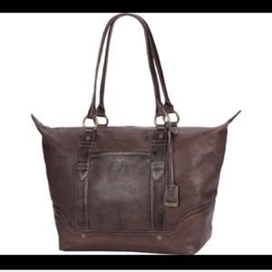 NWT $398 Frye Campus Leather Zip Tote in brown