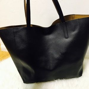 New black & tan reversible tote