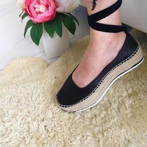 Platform ballet shoes