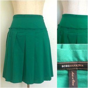 BCBG Size 2 Green Pleated Hi Waist Skirt