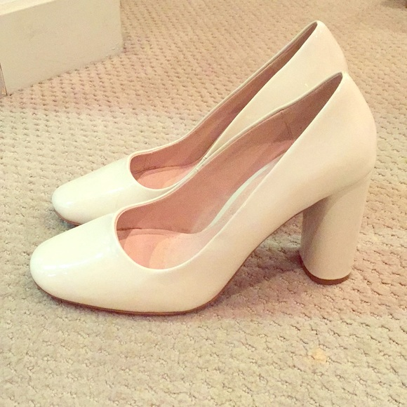 Zara Off White Patent Block Heels. M 5a126a353c6f9f06480c7c0c