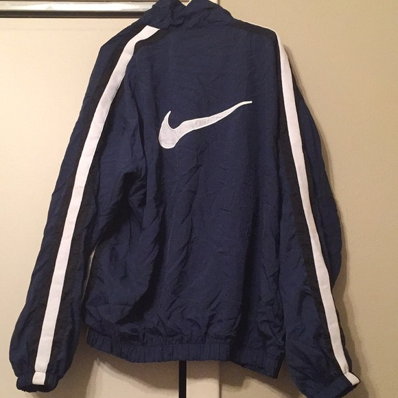 917e0bc590 🔥90s Nike Windbreaker Logo Jacket Navy blue. M 5a126ed45c12f83f9e0c55b2