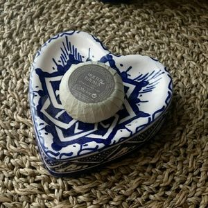 Soap holder Painted by hand from Fez Marocco