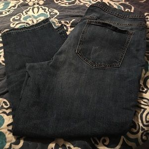 OLD NAVY CROPPED JEANS 18