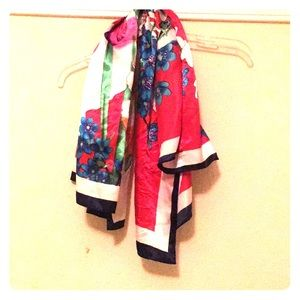 🎀 Silky Scarf From India