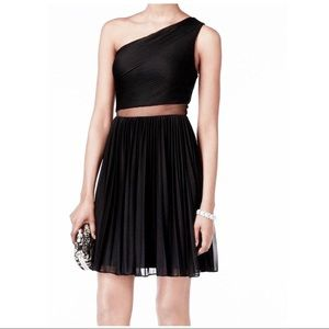 🆕ADRIANNA PAPELL COCKTAIL DRESS