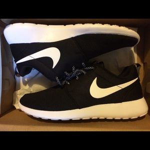 Women's Nike Roshe One Black and White Sneakers