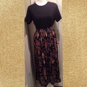 COMING SOON Colorful Floral Print Pleated Skirt